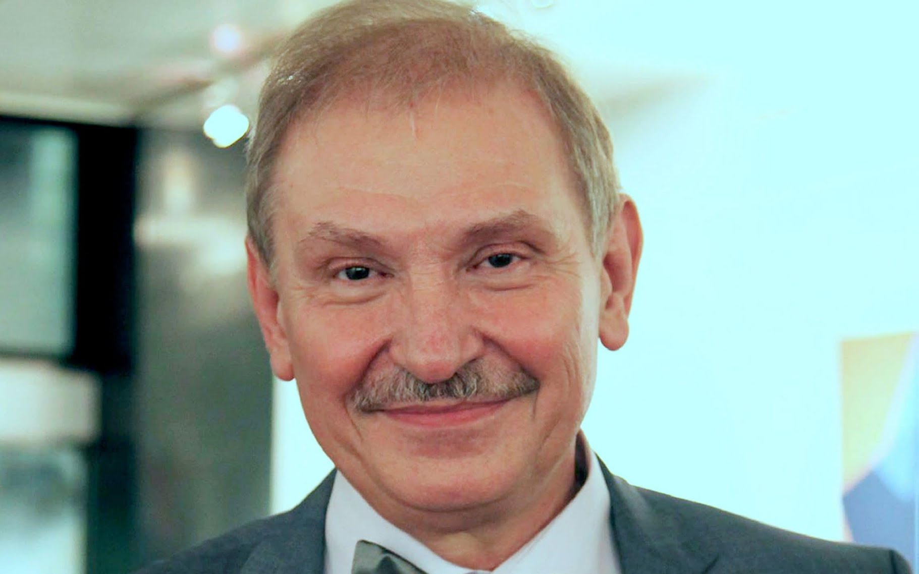 Nikolai Glushkov: Putin critic's murder made to look like suicide, inquest finds
