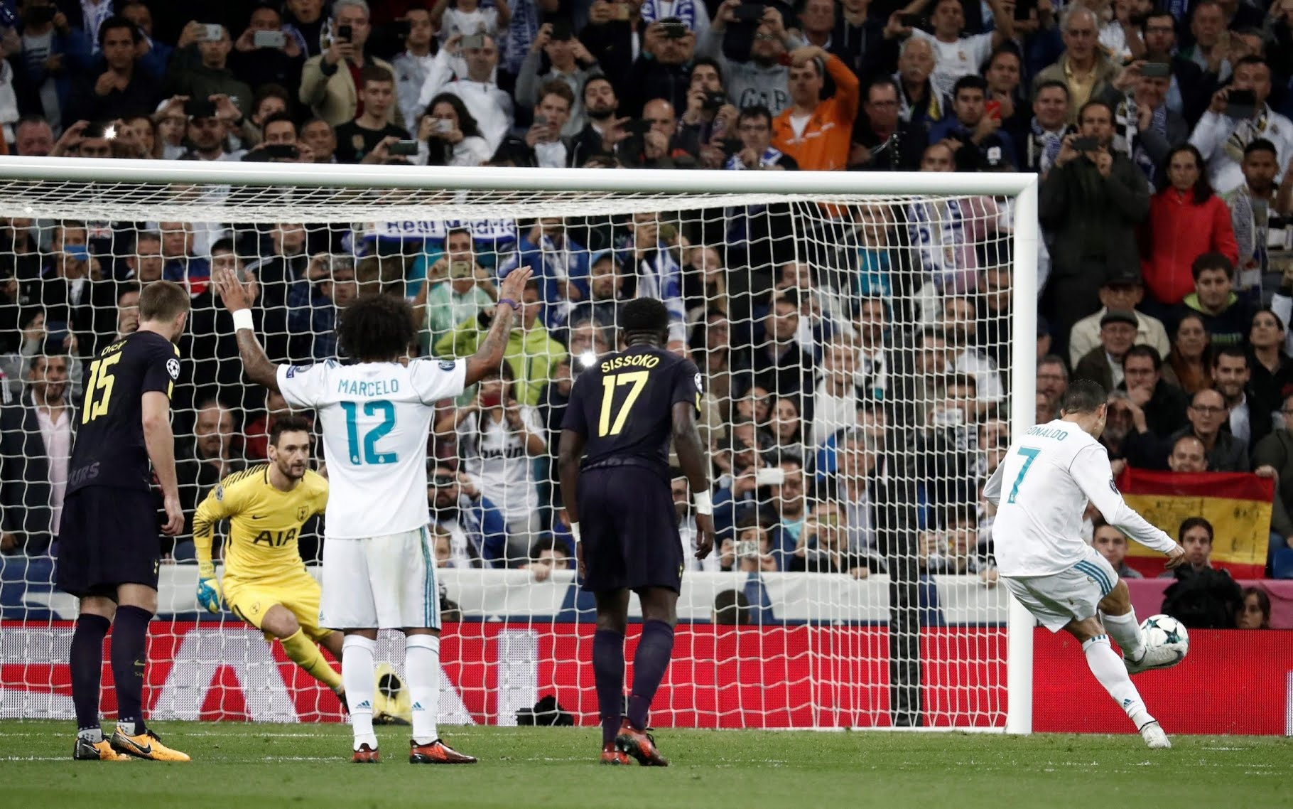 Cristiano Ronaldo scores from the penalty spot